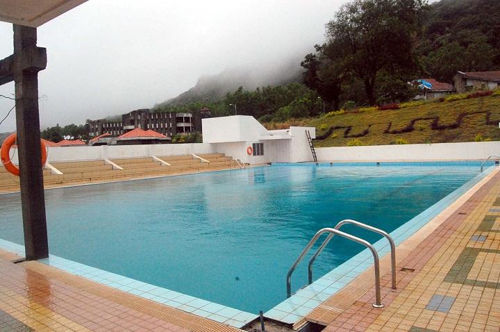 Sanjeevan - Swimming pool